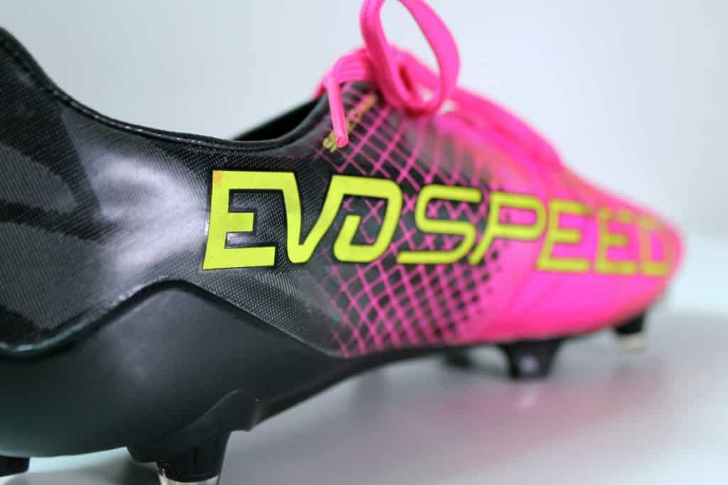 chaussures-football-Puma-evospeed-1-5-6