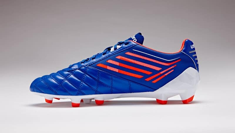 chaussures-football-umbro-medusae-dazzling-blue-3 (800x454)