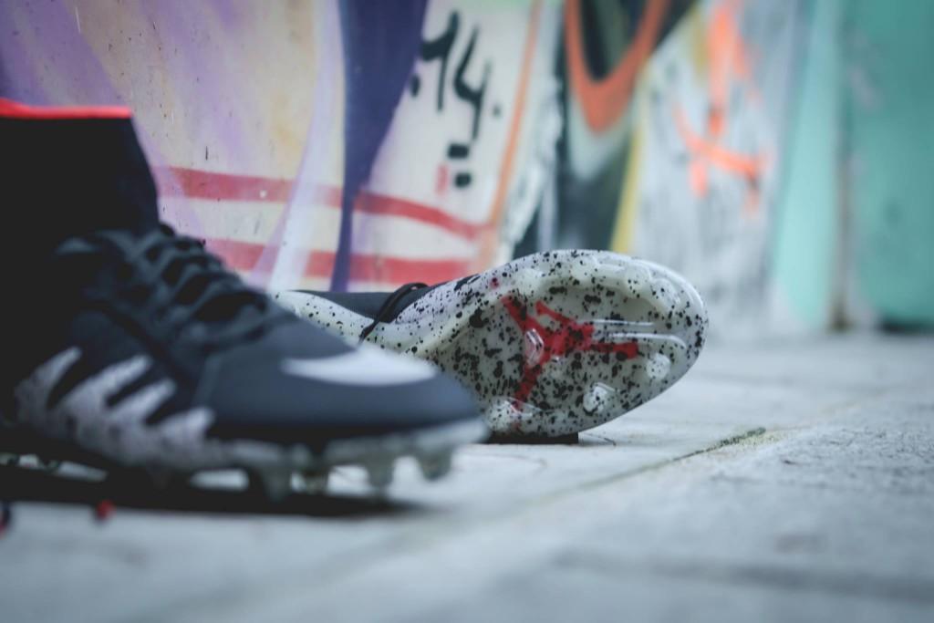 chaussure-football-nike-hypervenom-neymar-2