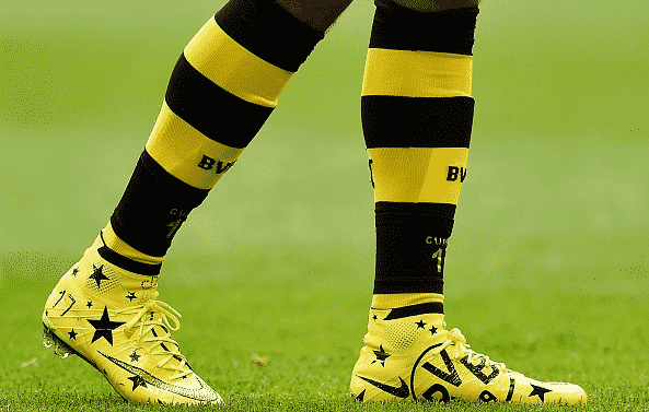 chaussure-football-nike-mercurial-superfly-IV-dortmund-aubameyang-1