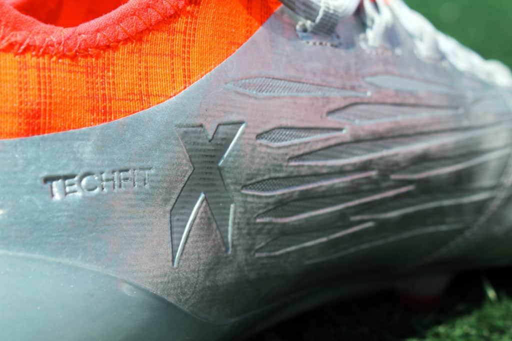 chaussures-football-adidas-X16-1-19