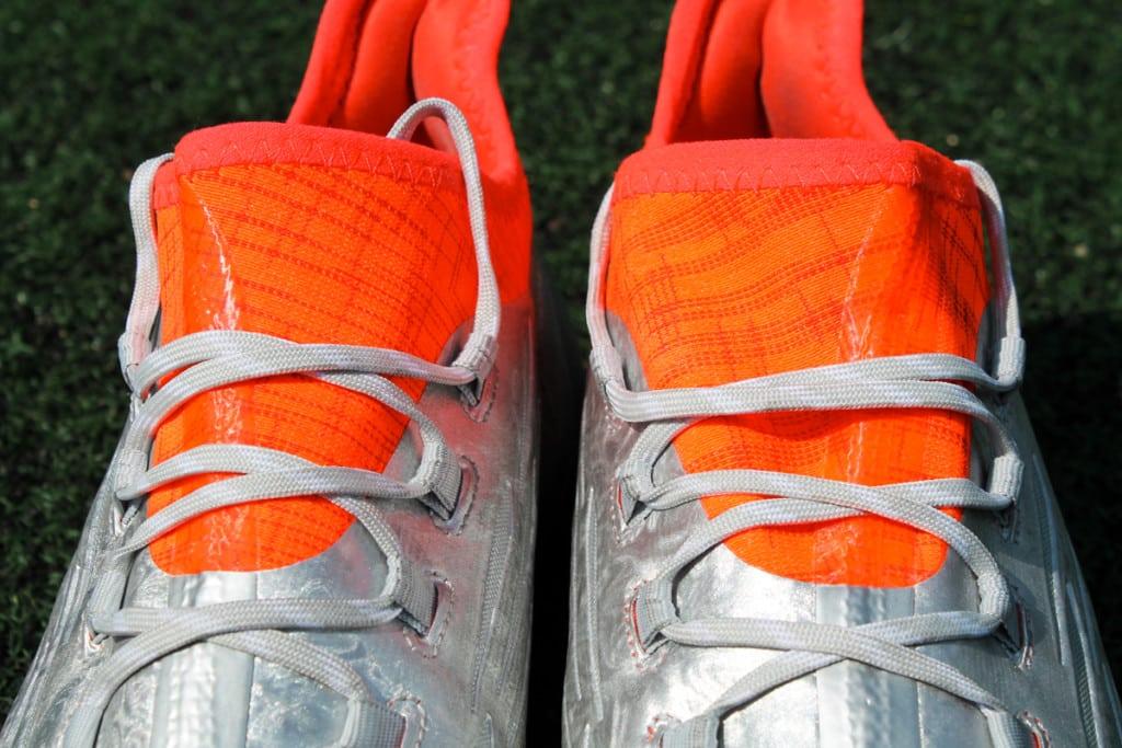 chaussures-football-adidas-X16-1-2
