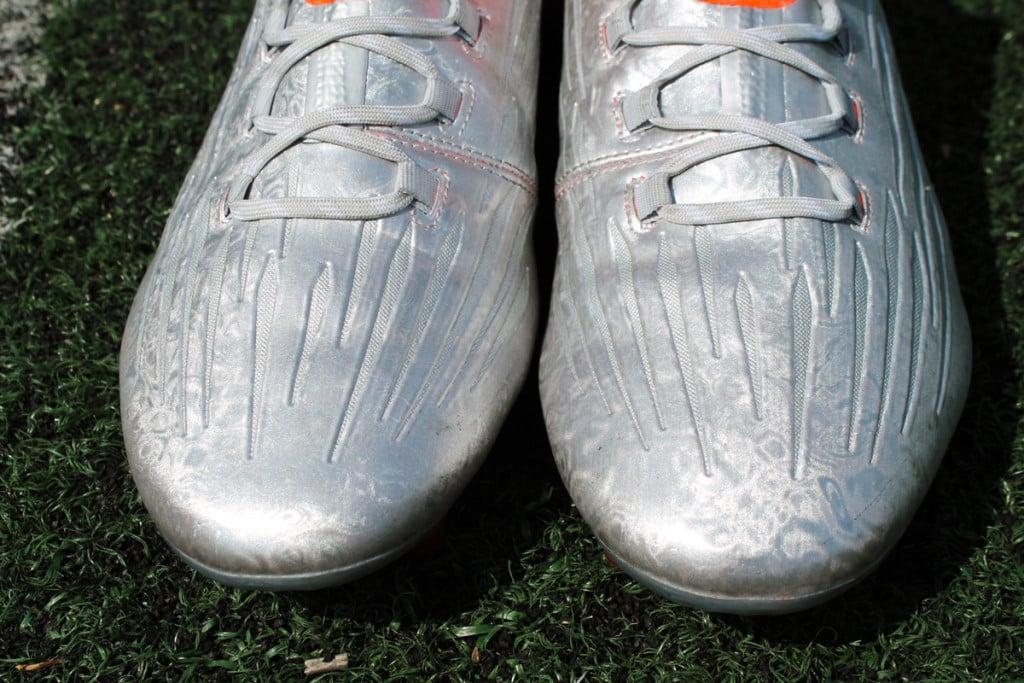 chaussures-football-adidas-X16-1-4