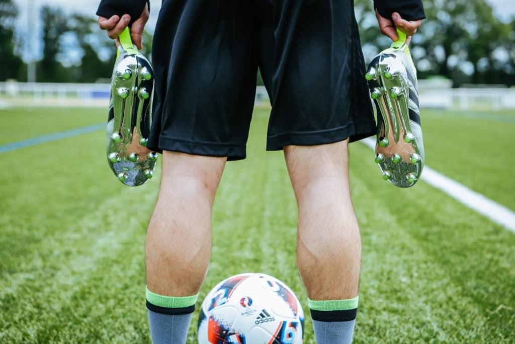 shooting-chaussure-football-adidas-ACE16-PureCrontrol-Mercury-Pack-Euro-2016-Fracas-17-min