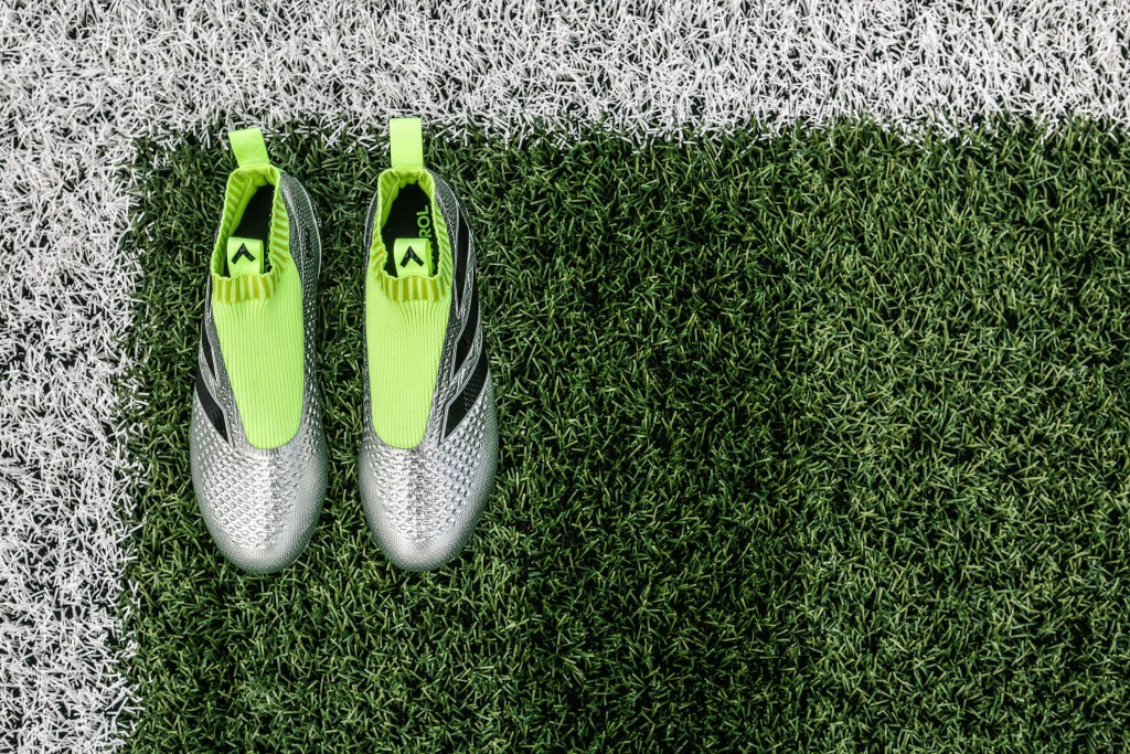 shooting-chaussure-football-adidas-ACE16-PureCrontrol-Mercury-Pack-Euro-2016-Fracas-min