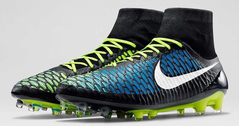 chaussures-football-Nike-Magista-Blue-Volt-fevrier-2015