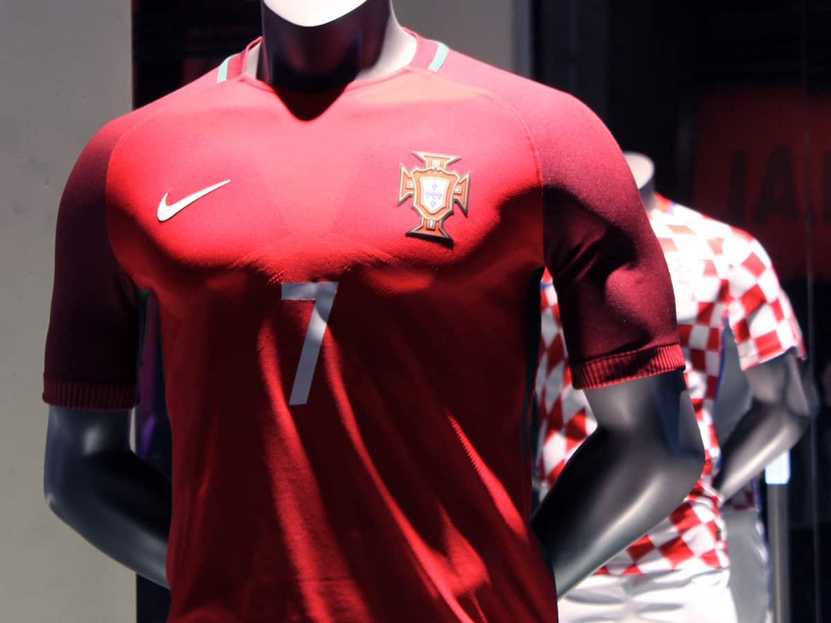 maillot-football-Nike-Portugal-1
