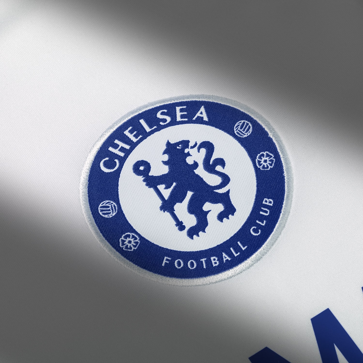 maillot-third-chelsea-2016-2017-details-logo