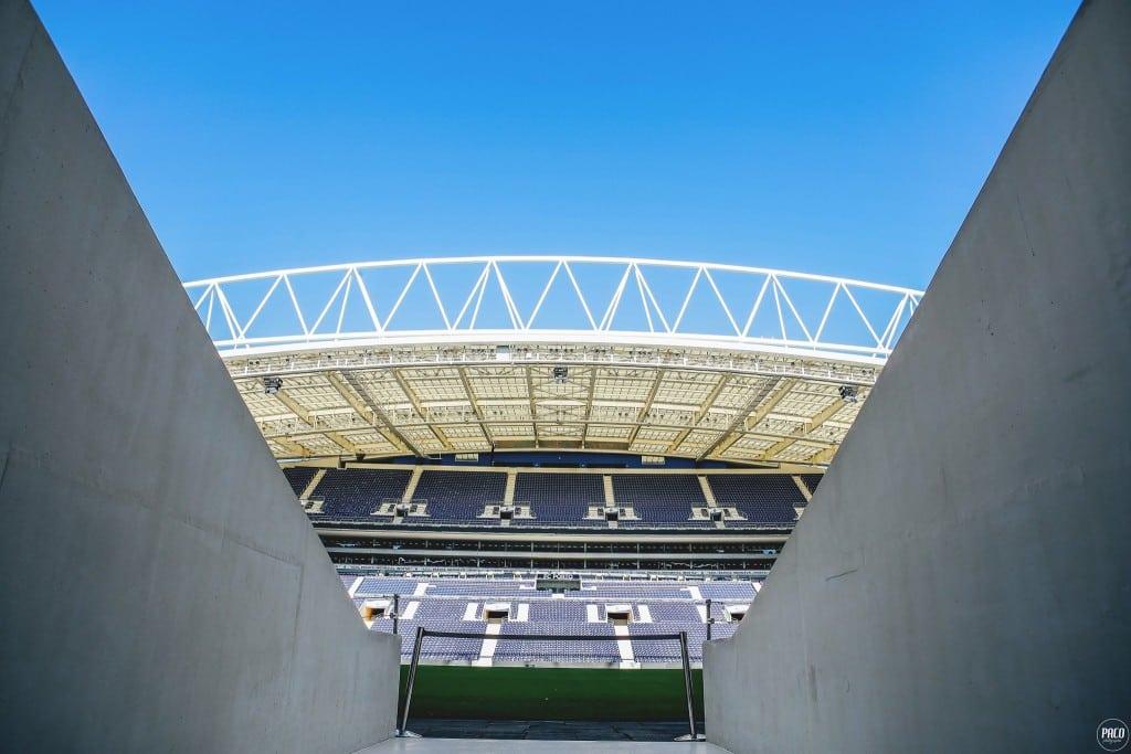 au-stade-fc-porto-estadio-do-dragao-new-balance-7