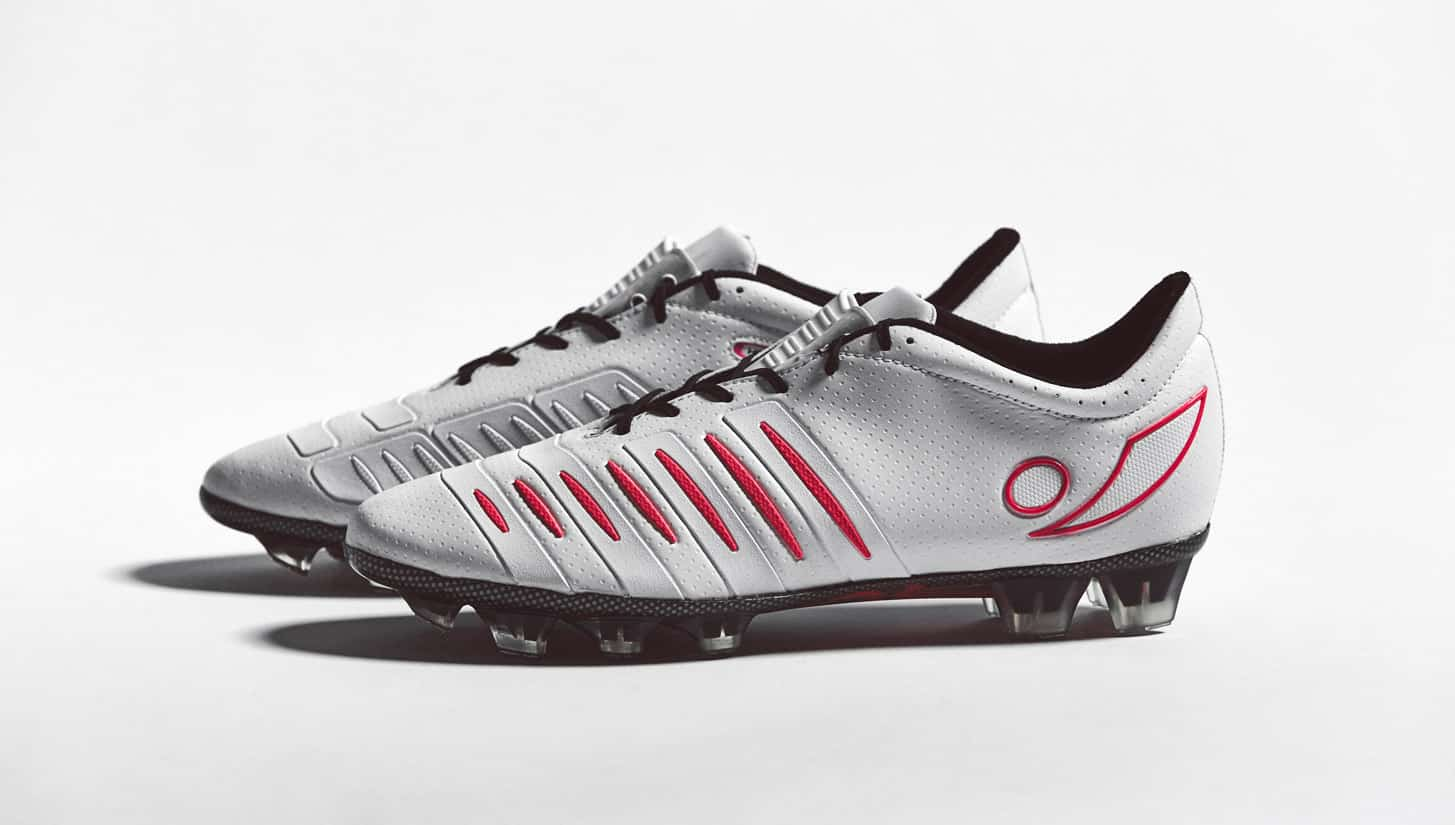 chaussure-football-Concave-Halo-white-pink-2