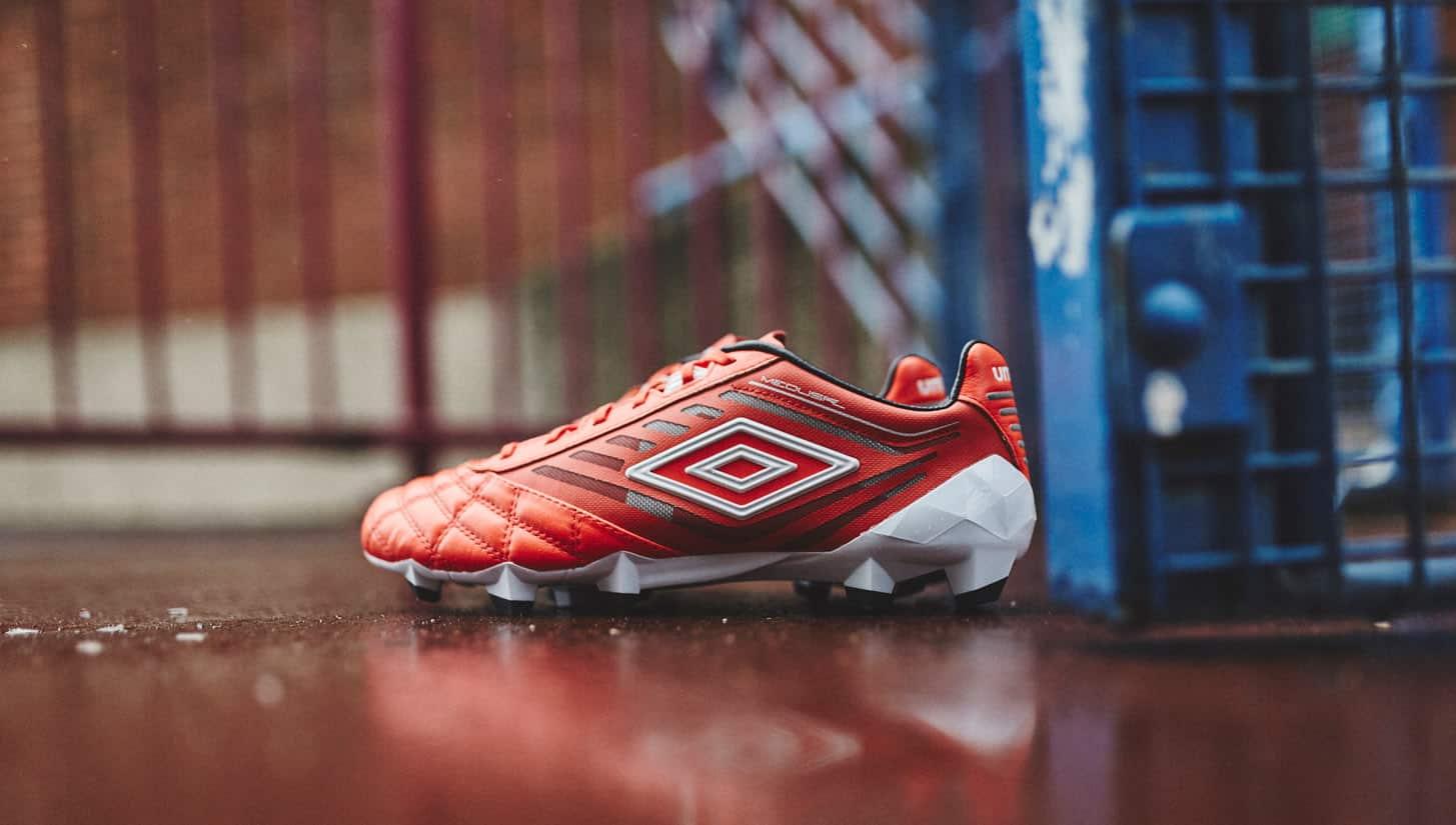 chaussure-football-umbro-medusae-grenadine-1