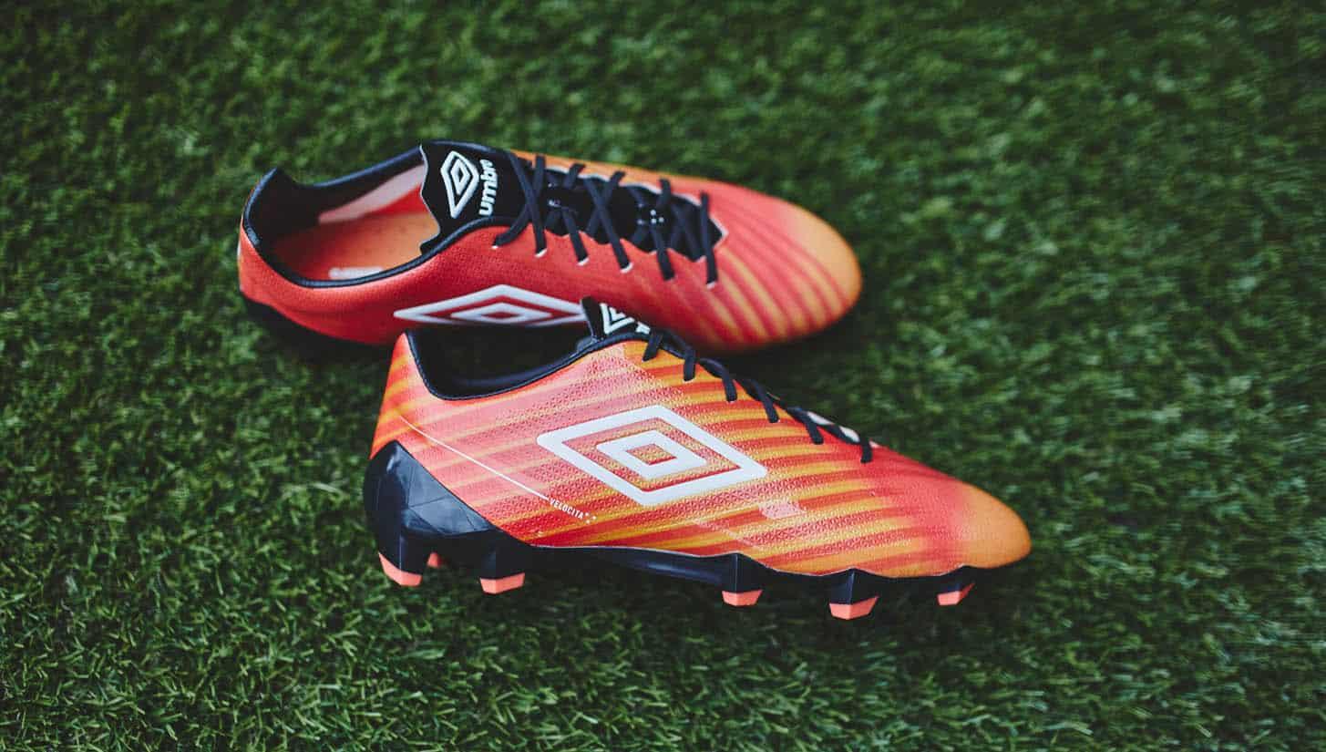 chaussure-football-umbro-velocita-II-grenadine-1