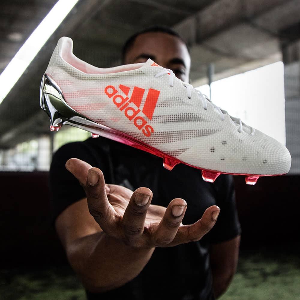 chaussures-football-adidas-x-16-1-99g-3