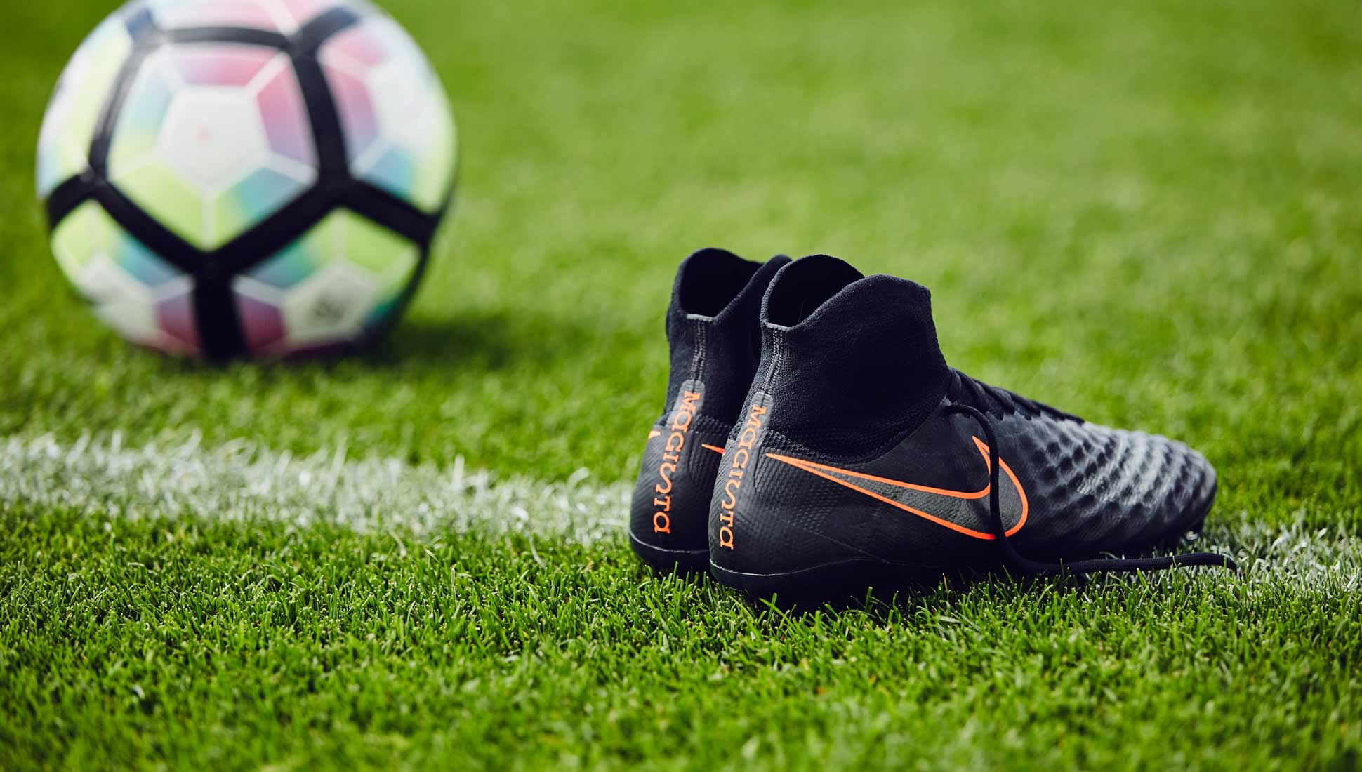 chaussures-football-nike-magista-2-obra-pitch-dark-3