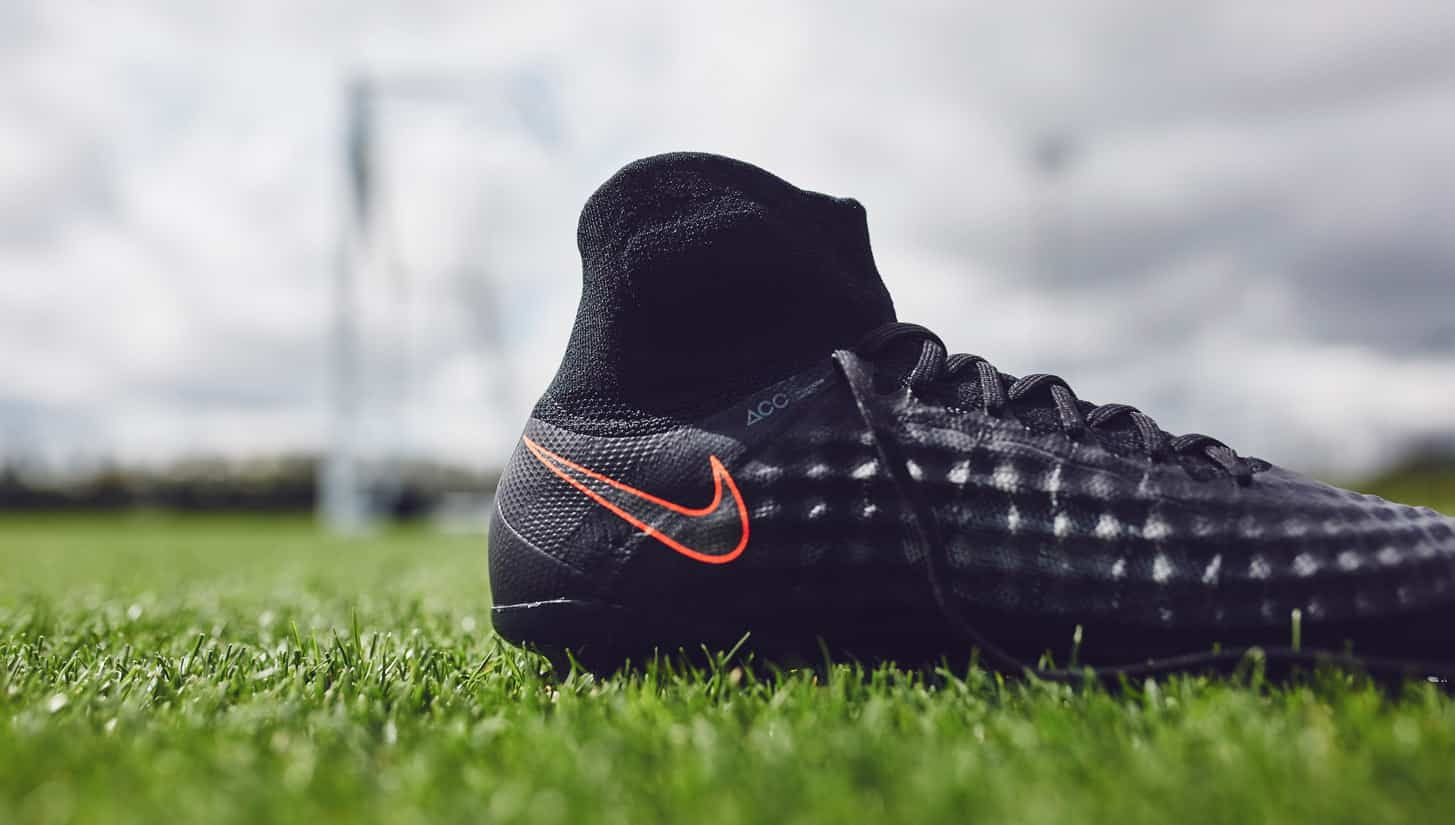chaussures-football-nike-magista-2-obra-pitch-dark-4