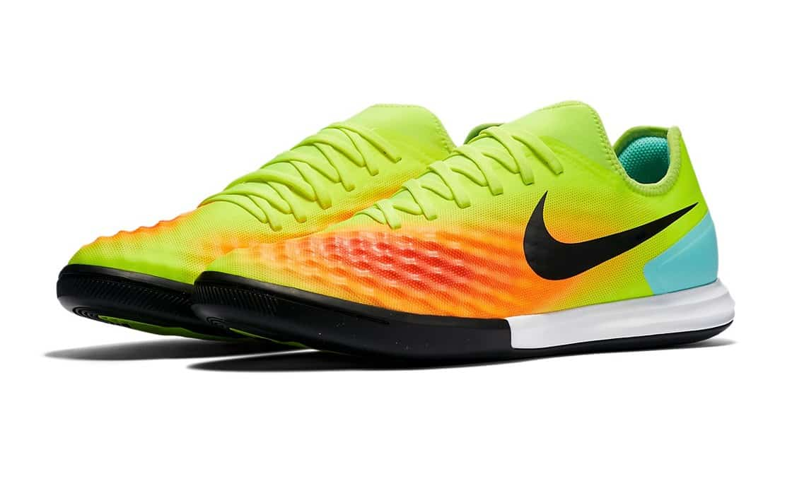chaussures-football-nike-magistax-finale-2