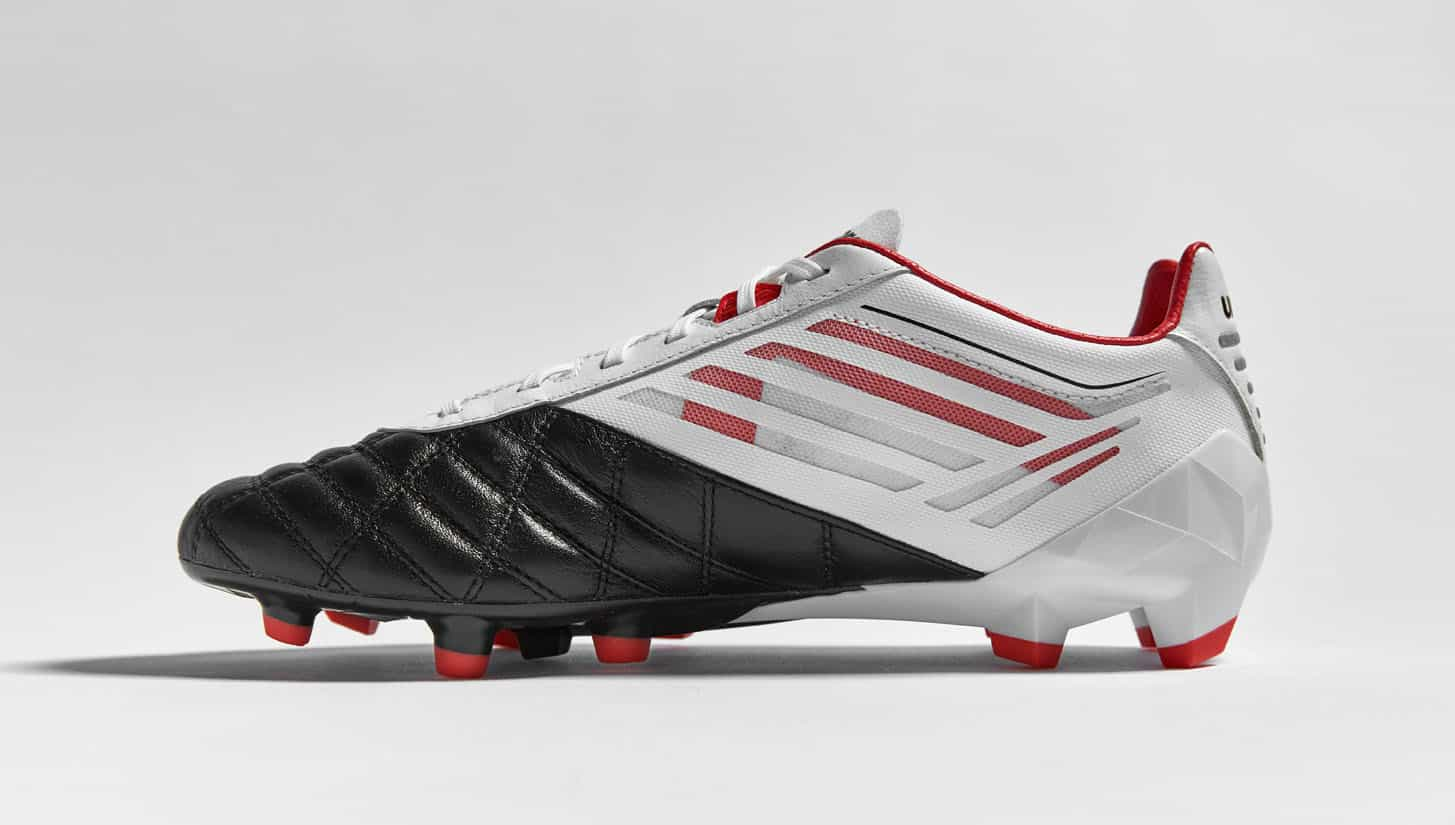 chaussures-football-umbro-velocita-noir-blanc-grenadine-4
