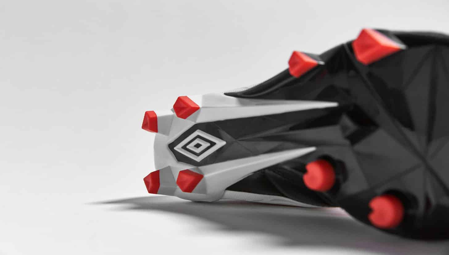 chaussures-football-umbro-velocita-noir-blanc-grenadine-5