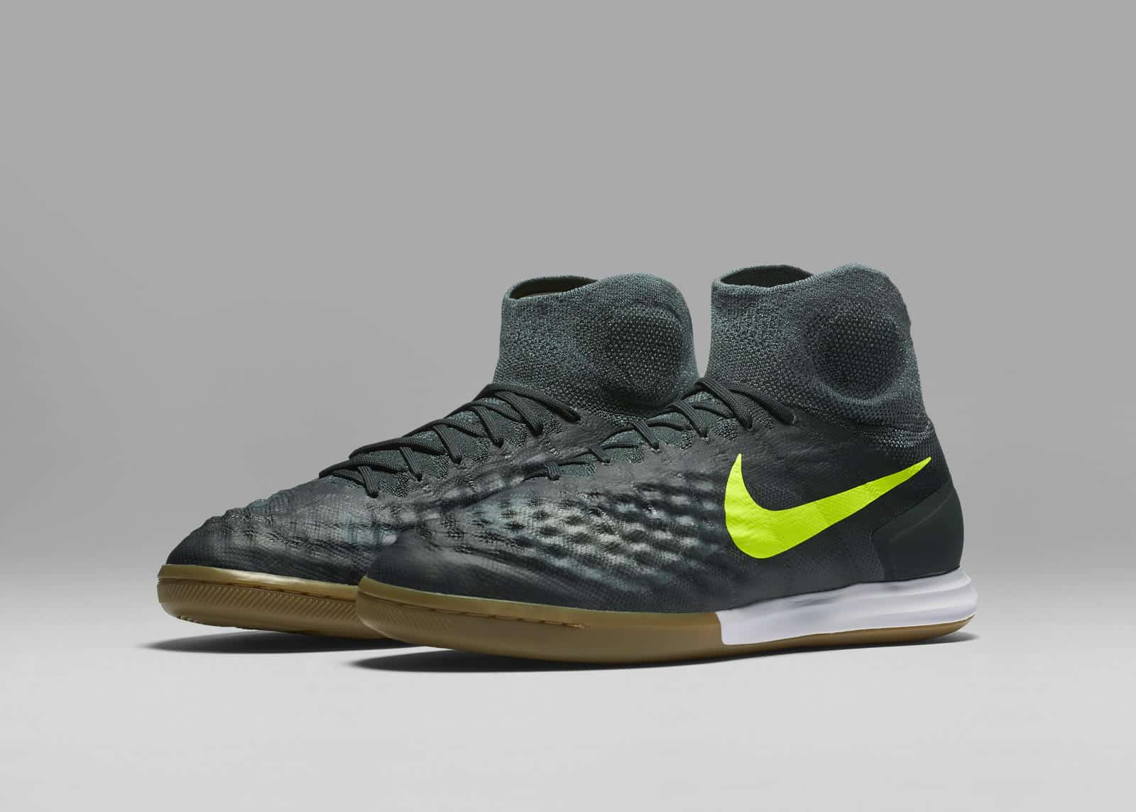 chaussure-football-nike-magistax-futsal-pack-floodlights-2016-3