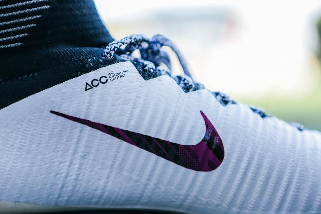 chaussures-football-nike-mercurial-superfly-v-id-img9
