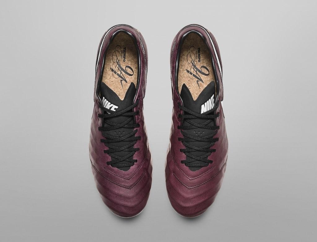 chaussures-football-nike-tiempo-pirlo-img6-1024x784
