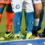 Pourquoi Callejón et Pepe Reina portent-ils leurs chaussettes à l'envers ?