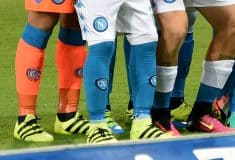 Image de l'article Pourquoi Callejón et Pepe Reina portent-ils leurs chaussettes à l'envers ?