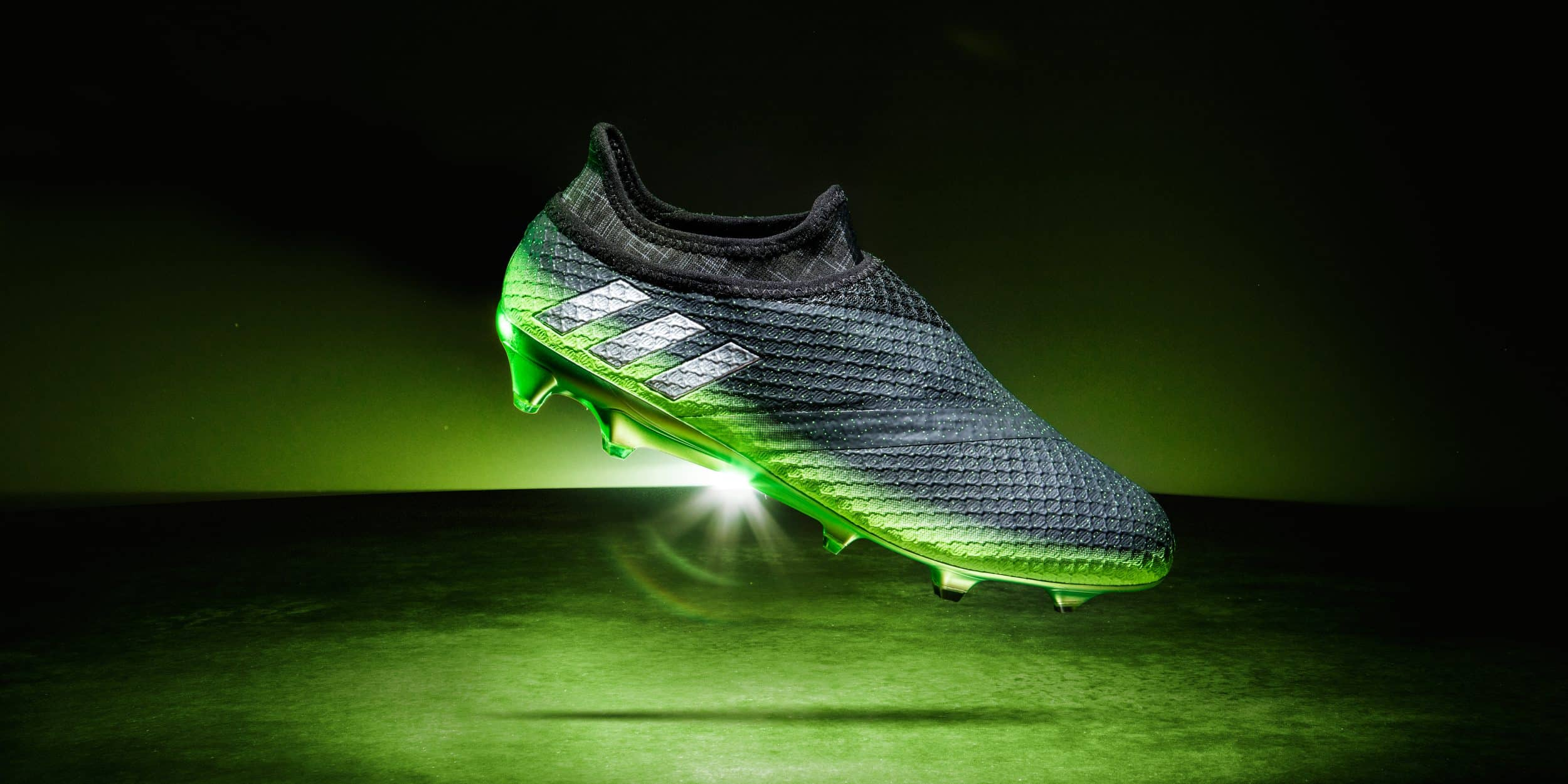 chaussure-foot-adidas-messi16-space-dust-messi-octobre-2016-2