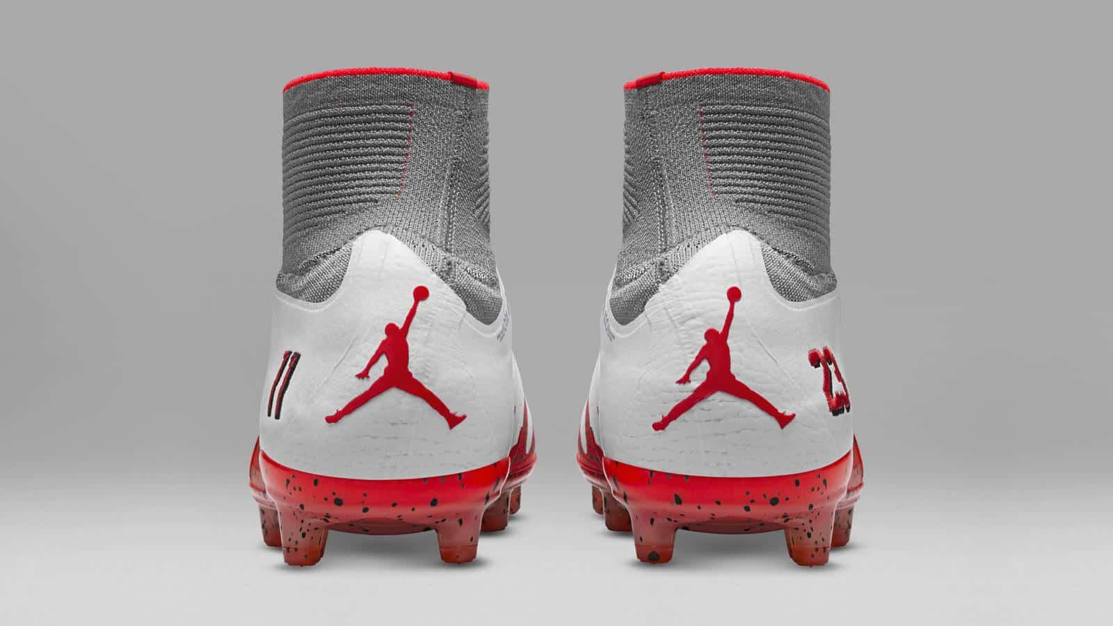 chaussure-foot-nike-hypervenom-neymar-jordan-blanc-octobre-2016-5