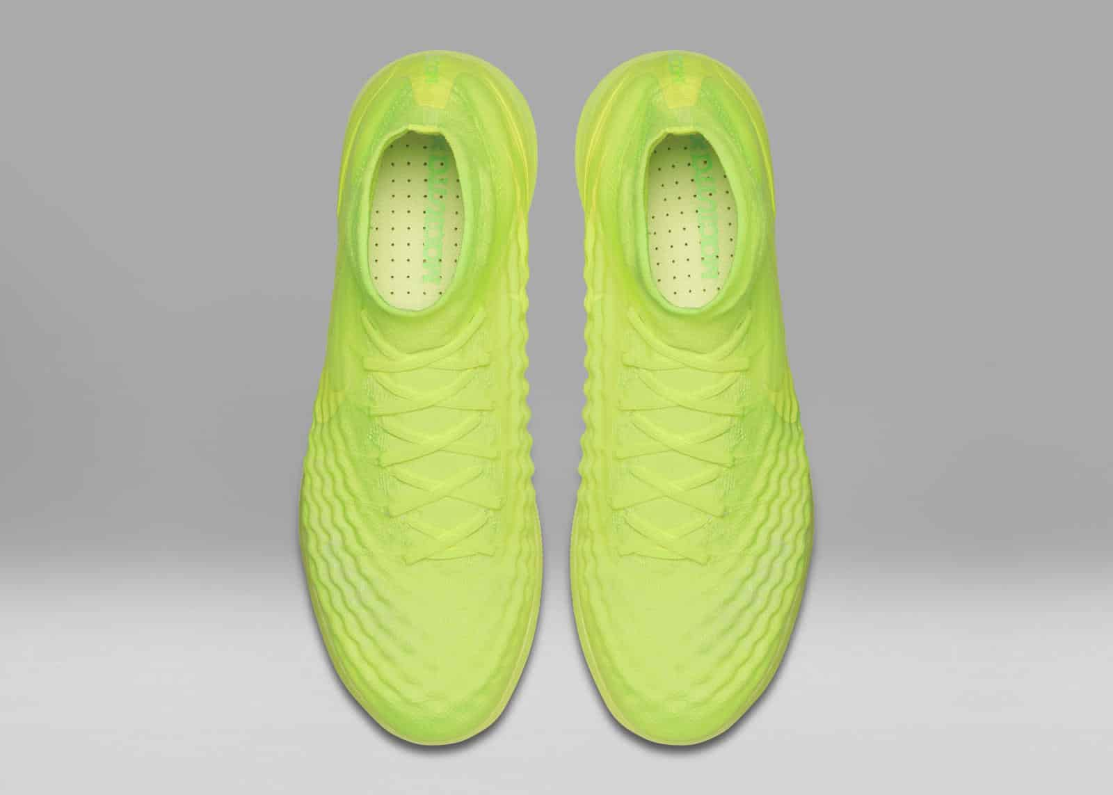 chaussure-foot-nike-magistax-proximo-pack-floodlight-glow-fluorescent-2016-2