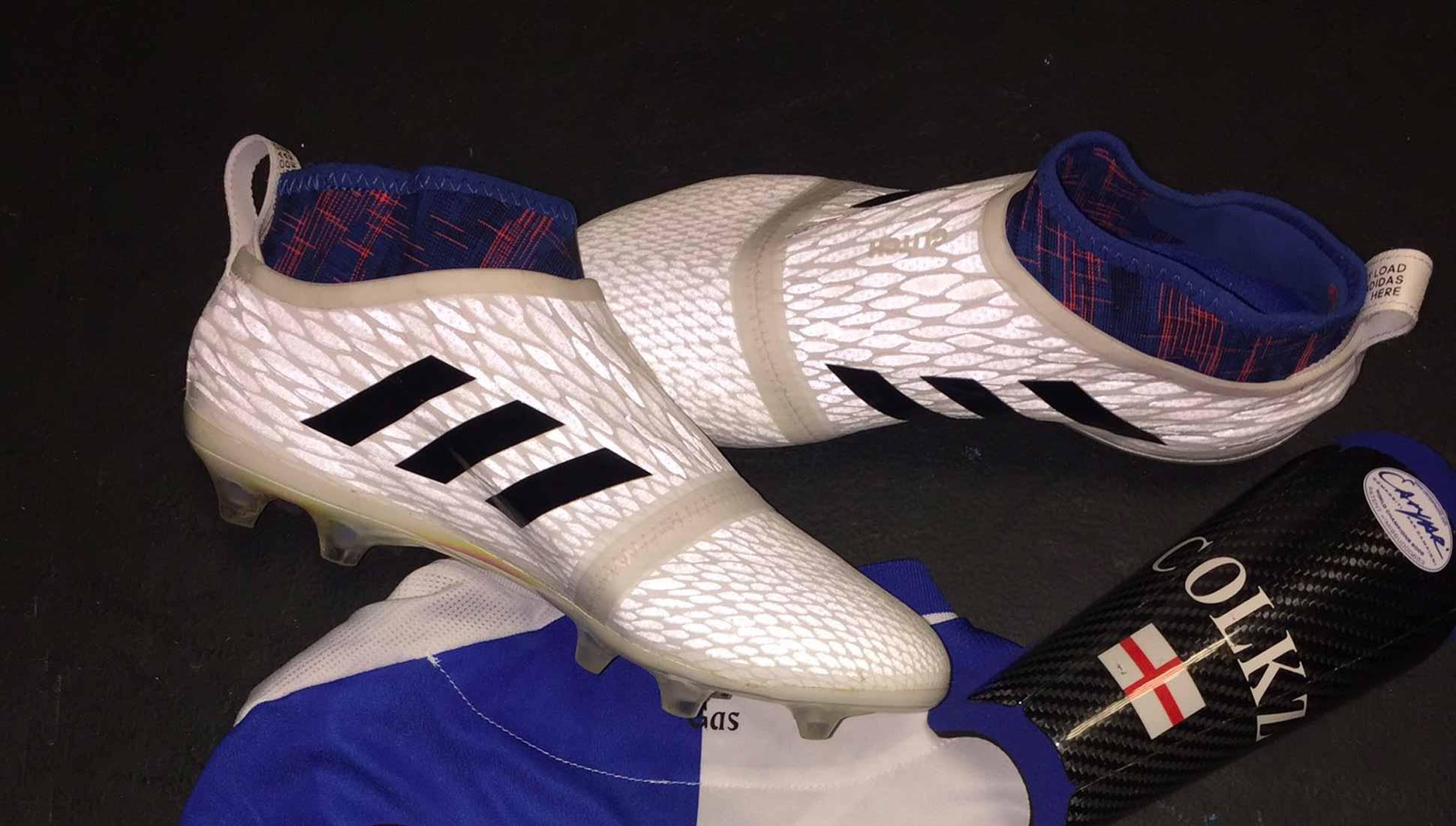 À Les Tous Adidas GlitchUne Footpack Niveaux Révolution srxthQCd