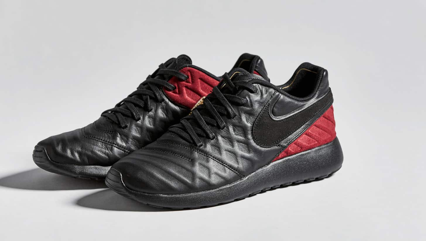 chaussures-lifestyle-nike-fc-roshe-tiempo-6-rouge-noir-img2