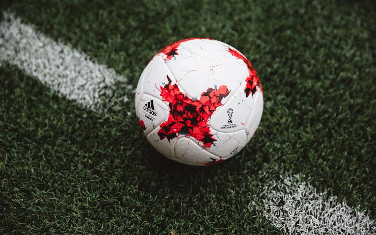 ballon-adidas-krasava-coupe-des-confederations-2017