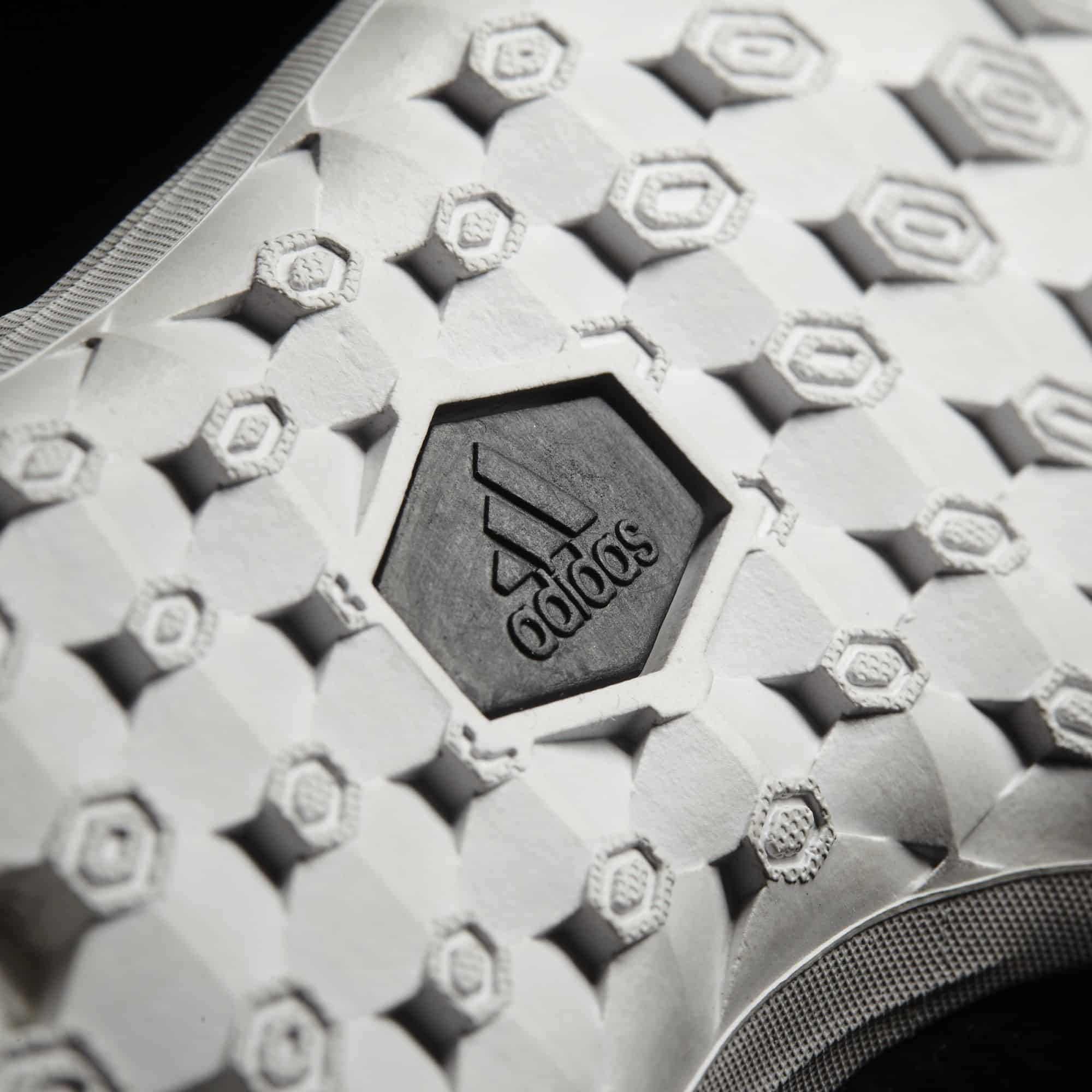 chaussure-football-adidas-ace-tango-17-1-img2