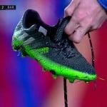 La chaussure de Messi casse en plein match!