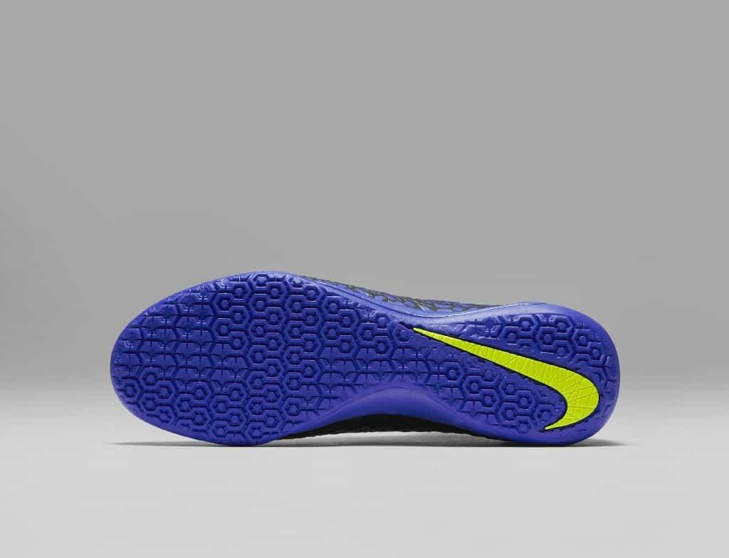 chaussures-football-nike-hypervenomx-proximo-dark-lightning-img2-1024x784