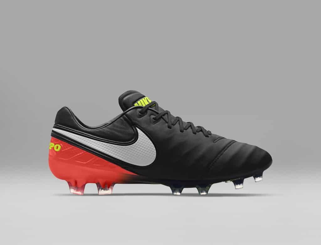 chaussures-football-nike-tiempo-legend-5-dark-lightning-img1-1024x784