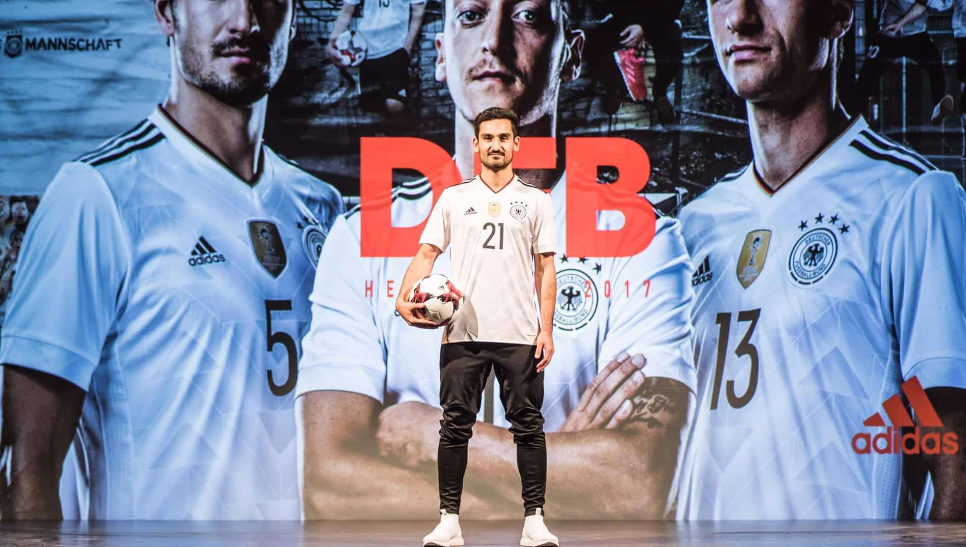 maillot-foot-allemagne-2017-home-lancement-img1