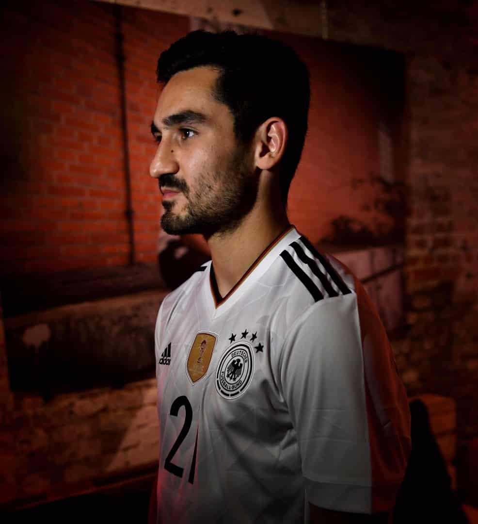 maillot-foot-allemagne-2017-home-lancement-img3