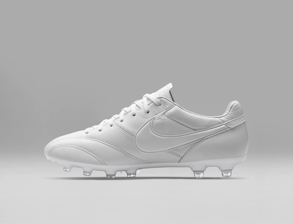 chaussure-football-nike-tiempo-premier-blanches-3