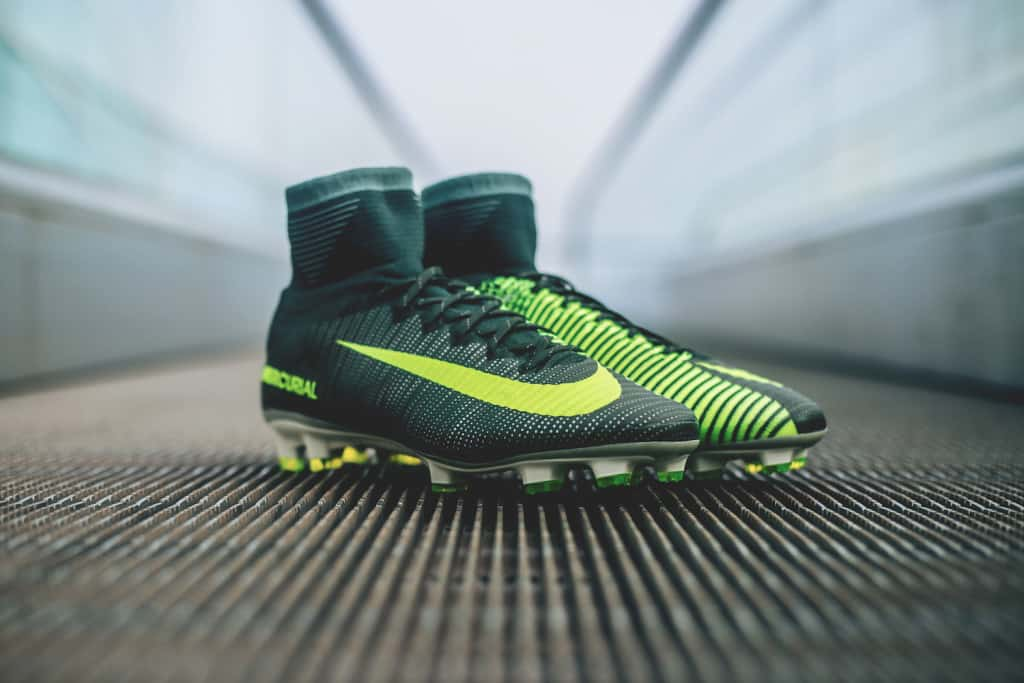 chaussures-football-cr7-mercurial-superly-v-discovery-img3
