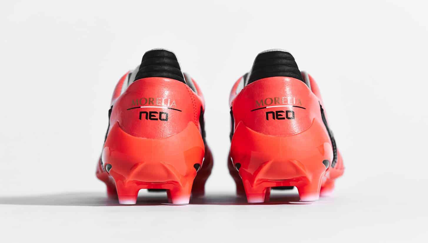 chaussures-football-mizuno-morelia-neo-2-corail-img1