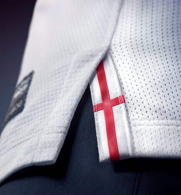 maillot-football-nike-angleterre-domicile-2013-img3