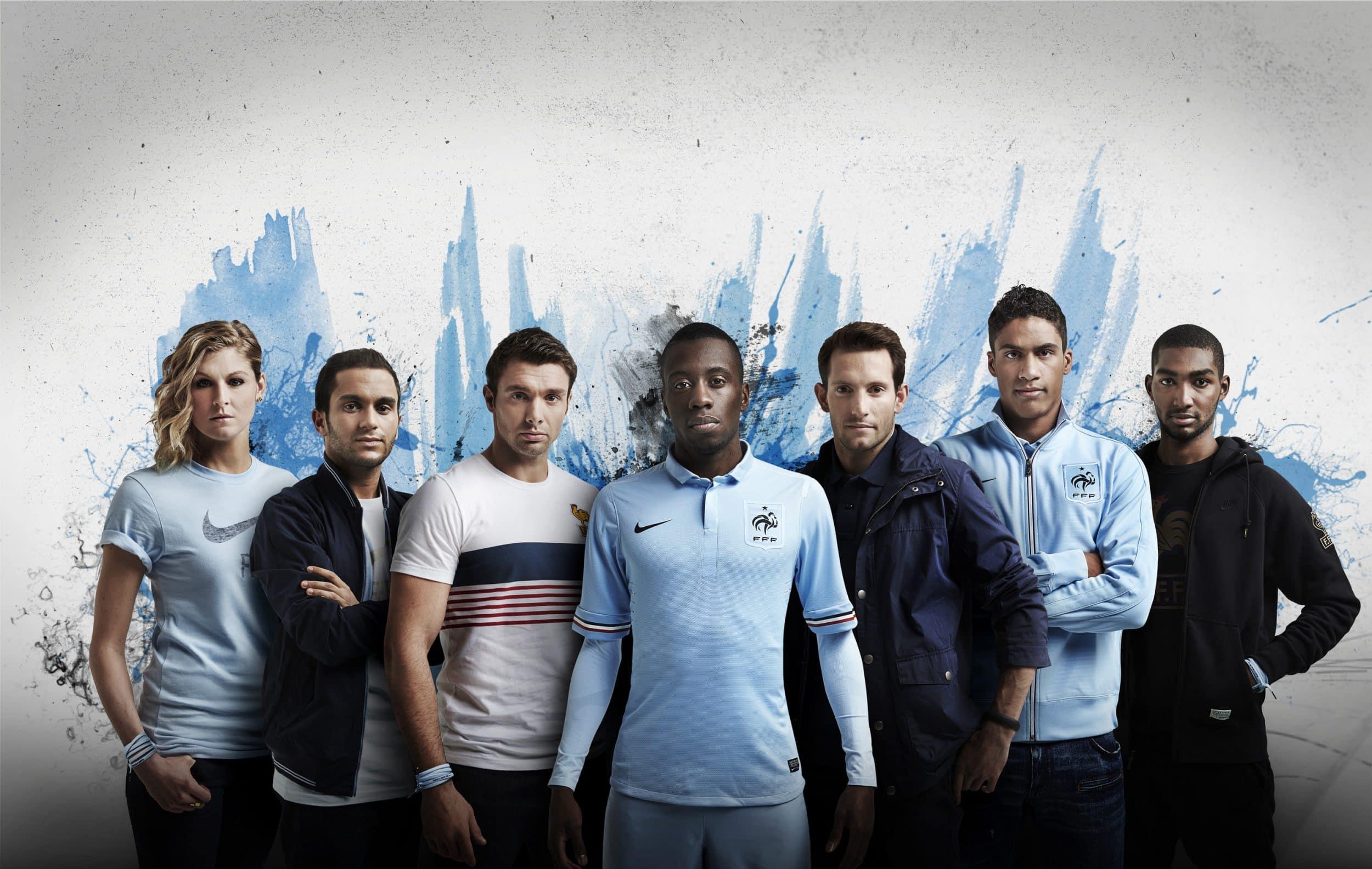 maillot-football-nike-equipe-de-france-exterieur-2013-img1