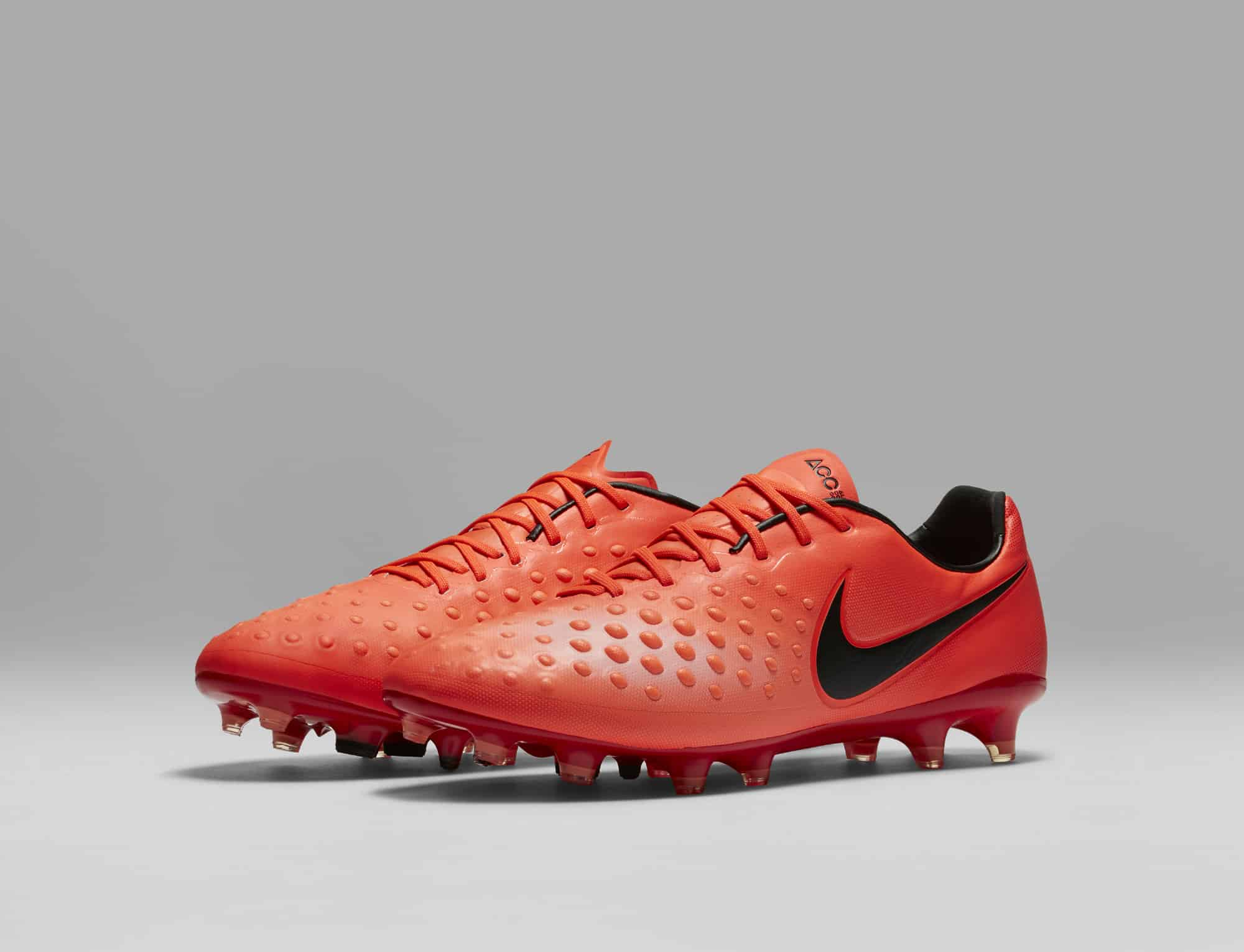 chaussures-football-Nike-Magista-Opus-2-Men-Radiation-Flare-img2