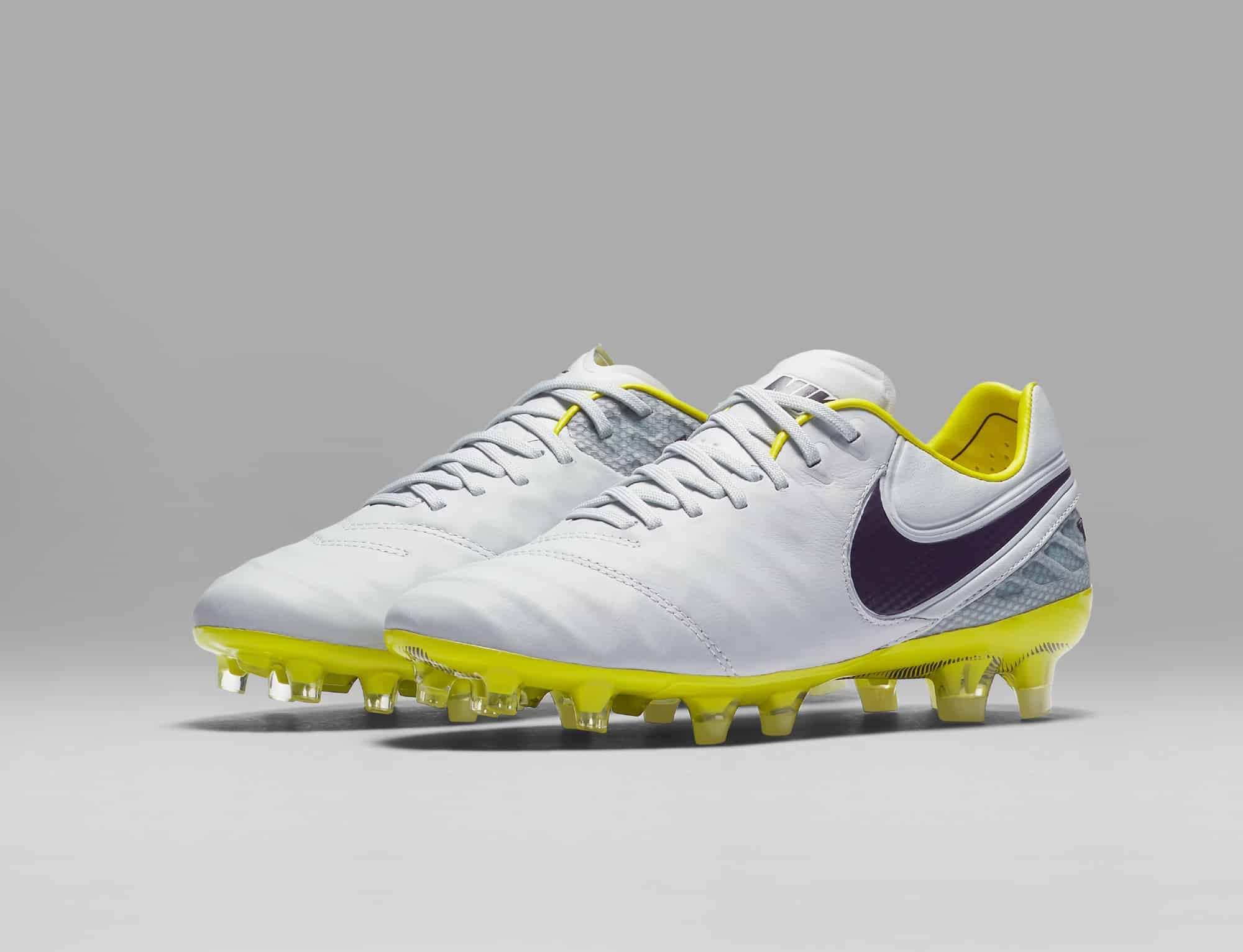 chaussures-football-Nike-Tiempo-Legend-6-Femmes-Women-Radiation-Flare-img4