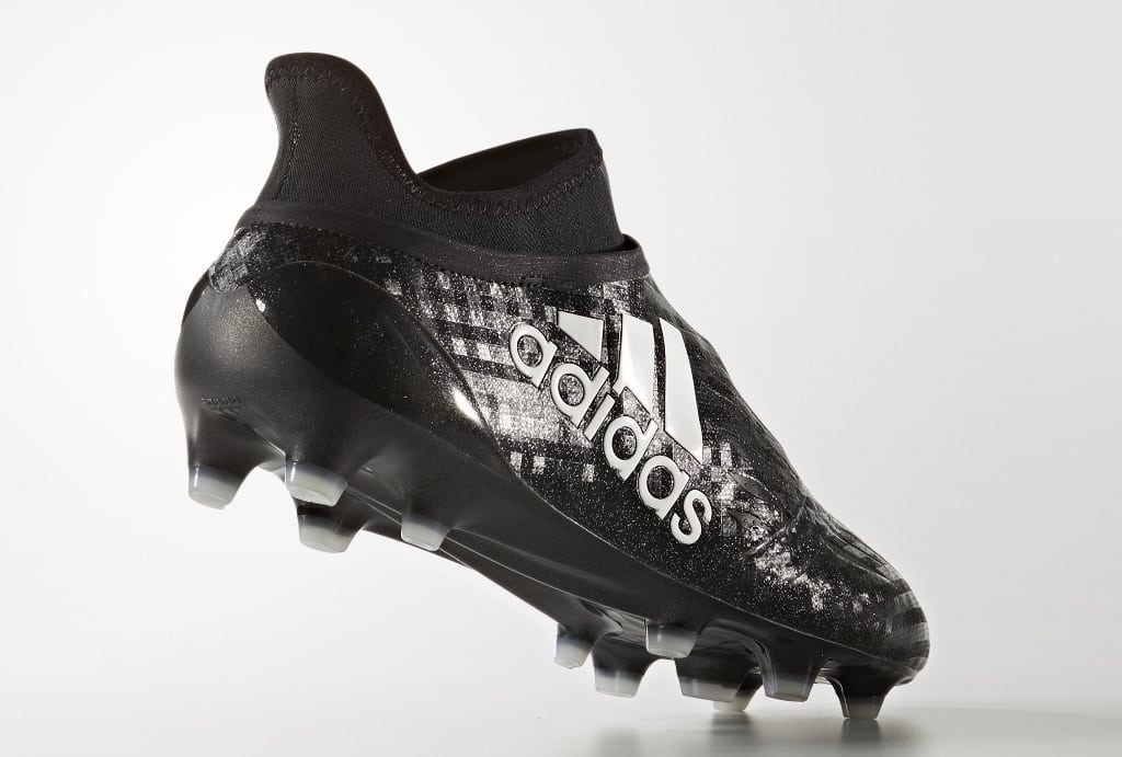 chaussures-football-adidas-x16-chequered-black-img3-1024x691