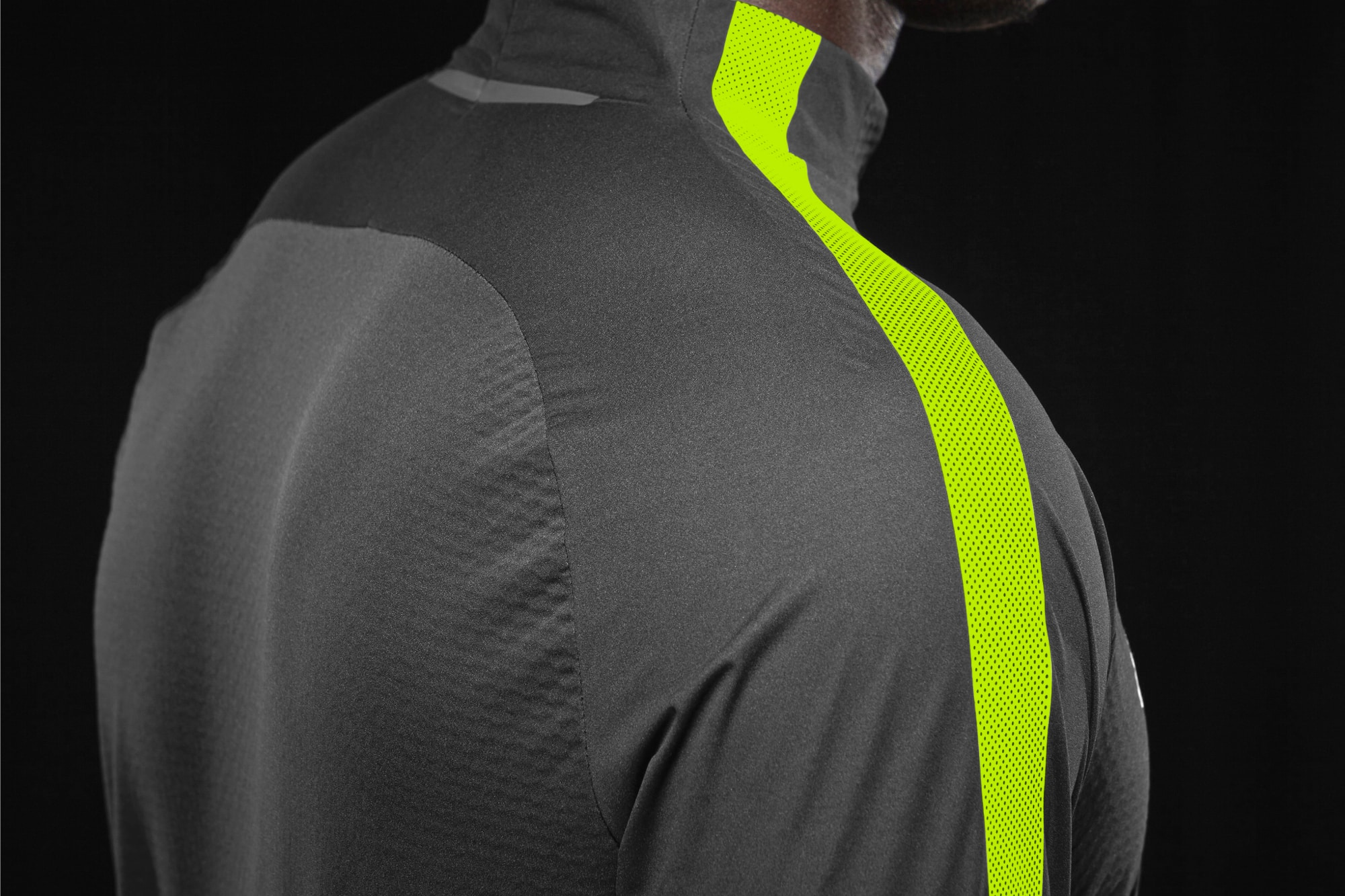 ensemble-training-Nike-Shield-Strike-img3