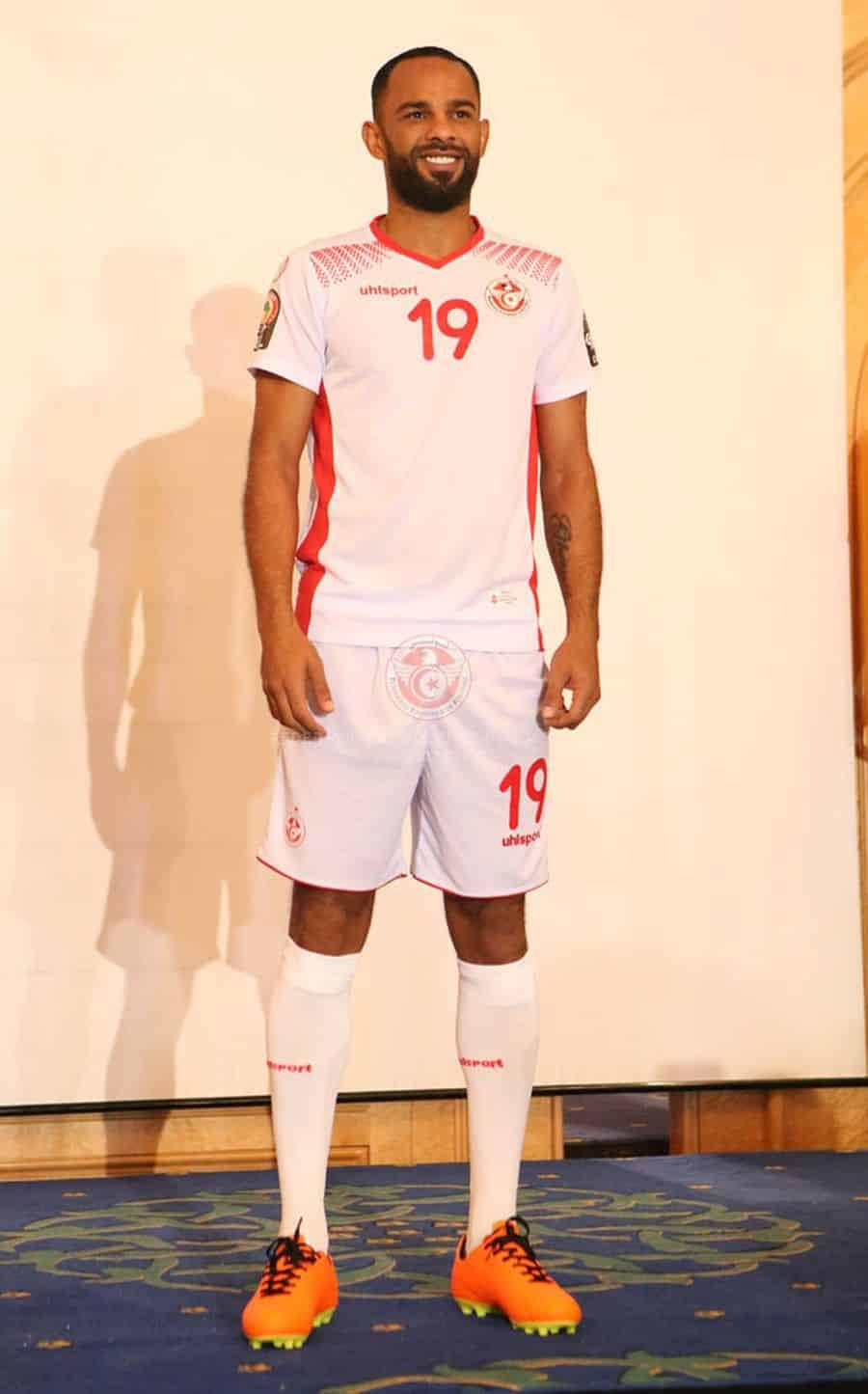 maillot-domicile-tunisie-coupe-afrique-des-nations-2017-uhlsport