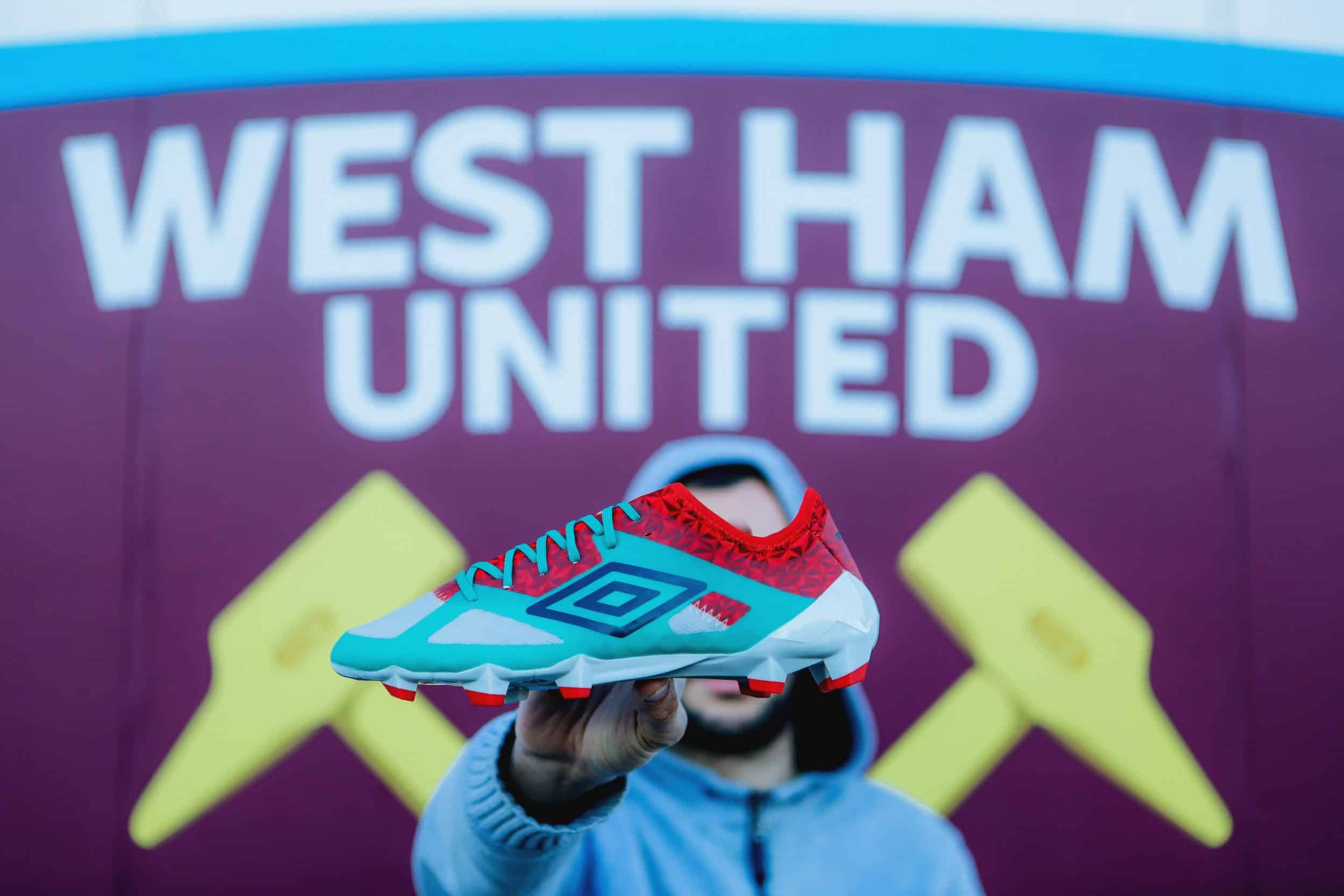shooting-chaussure-foot-umbro-velocita-3-west-ham-18